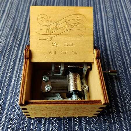 My Heat Will Go On Titanic Hand Cranked Wooden Music Box